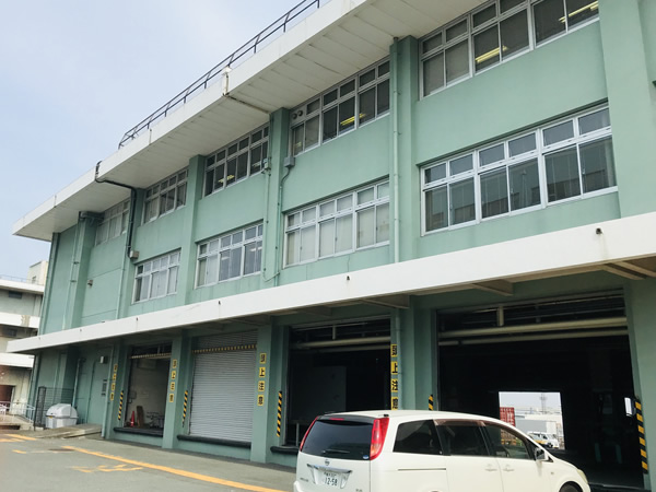 横浜税関山下分庁舎の建物